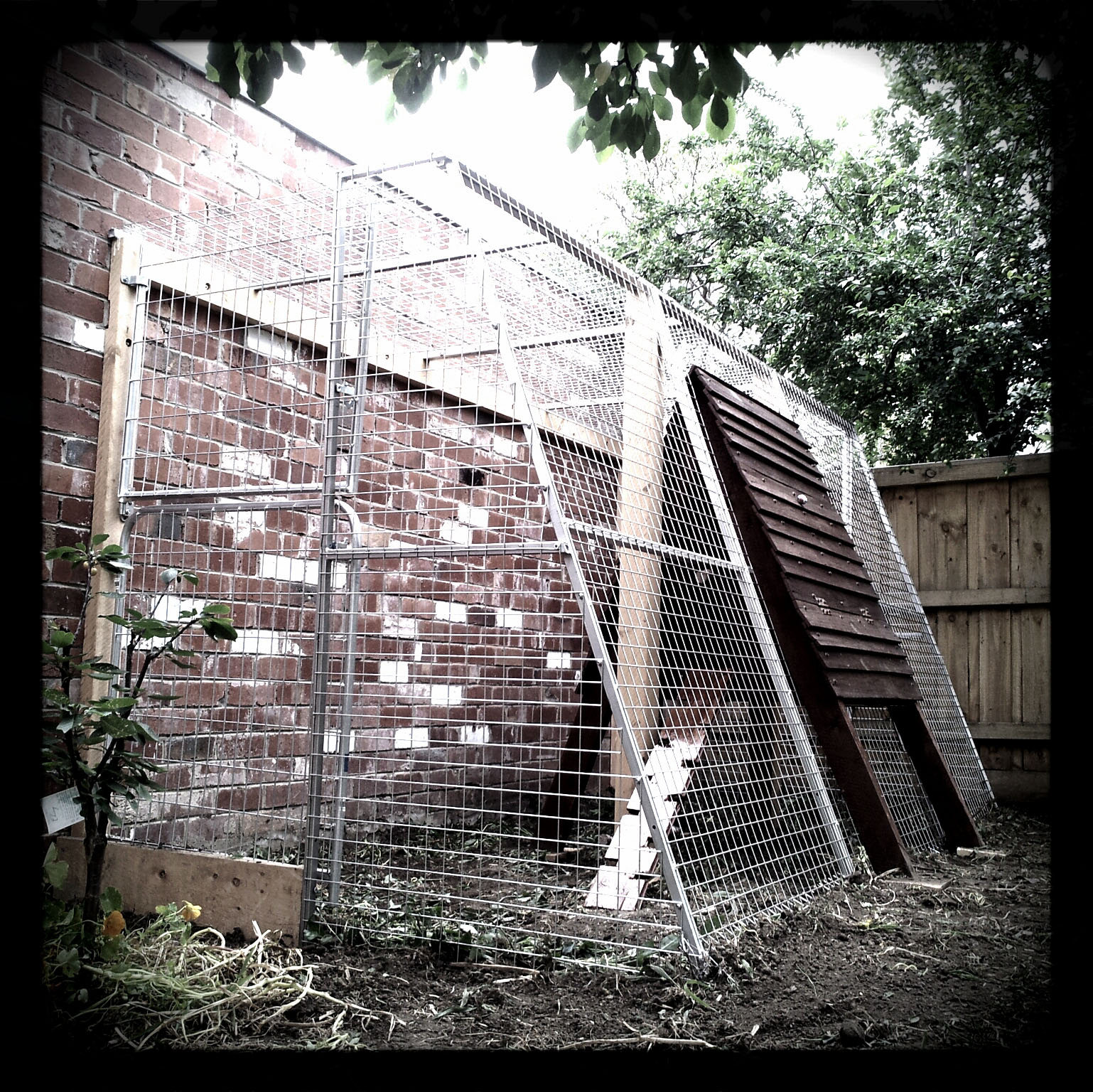 Awesome chicken coop yard melbourne
